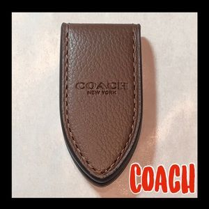 🔥NWT🔥COACH Saddle pebbled leather money cl…